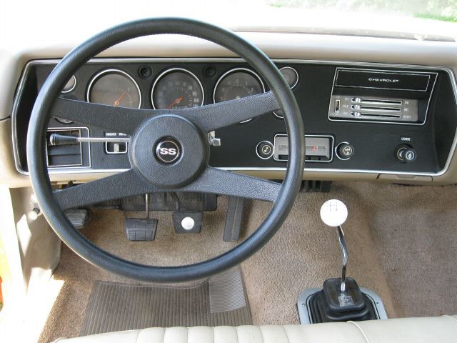 1971 Chevelle Steering Wheels And Door Panels