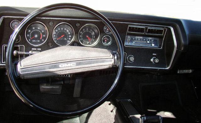 1971 Chevelle Steering Wheels And Door Panels